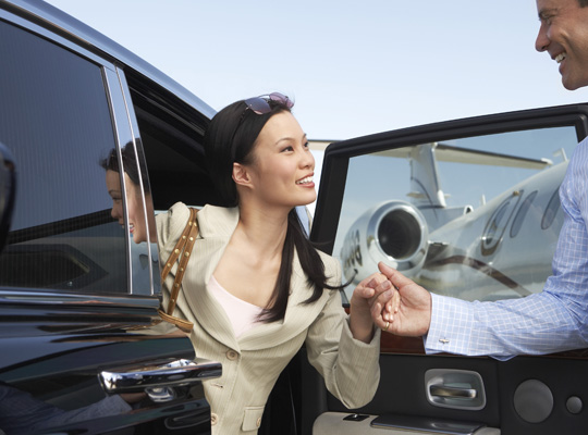 VIP Limo4You 2 - Pearson Airport Limo Newmarket